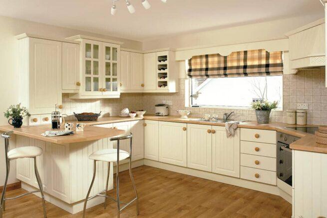 Kitchen 5G Berwick Ivory Replacement Kitchens